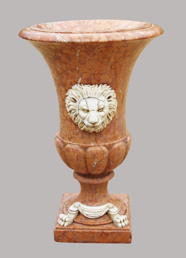 C19th large Italian marble urn