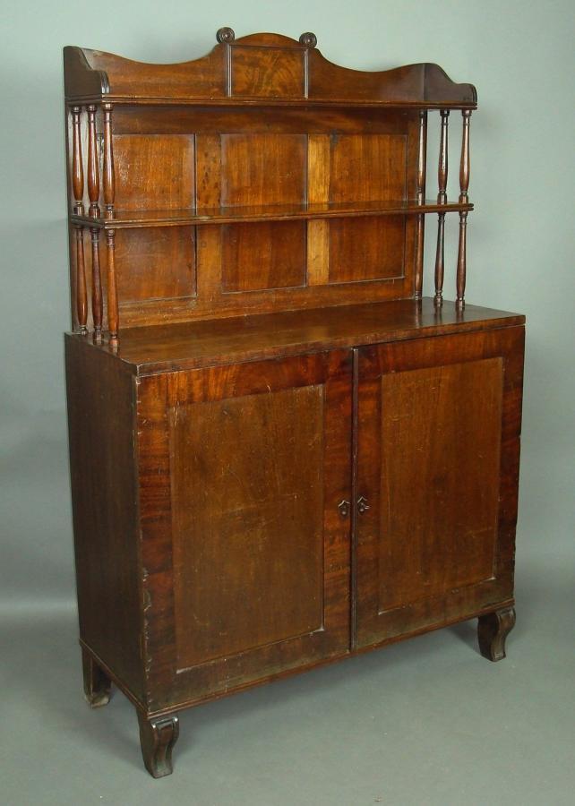 Regency mahogany chiffoneer