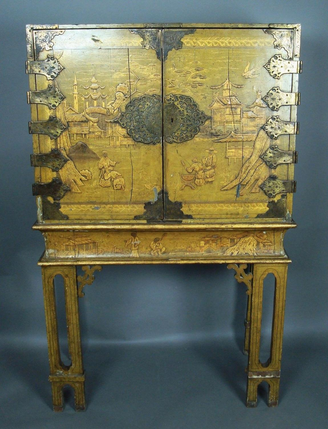 C18th rare yellow lacquer Chinoiserie cabinet
