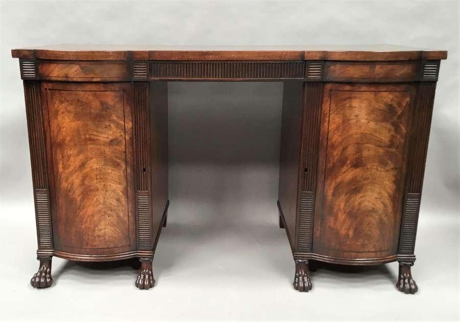 Regency mahogany sideboard / serving table