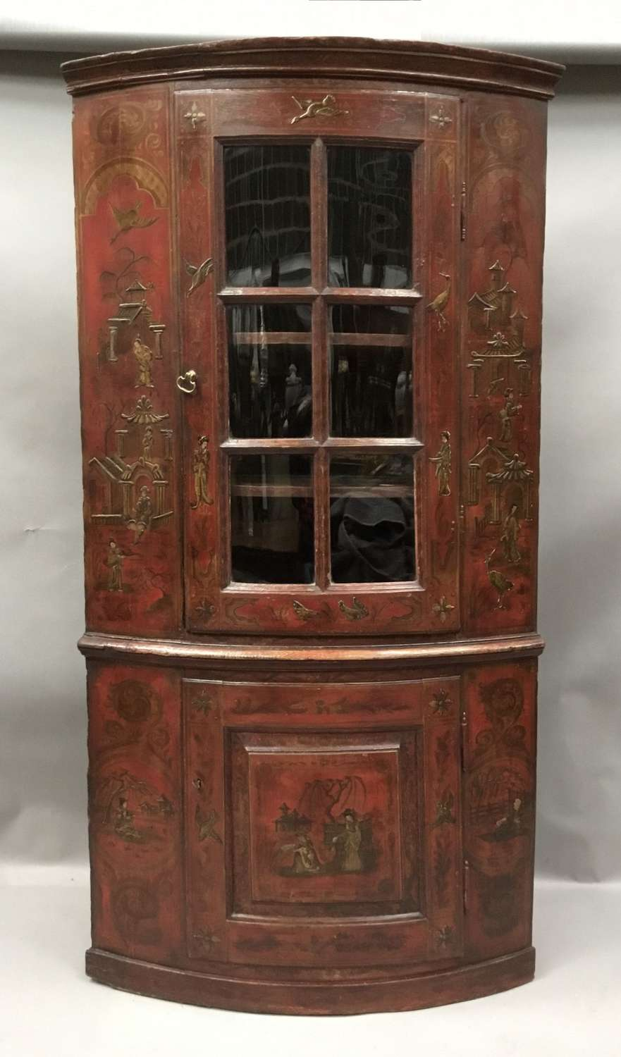 C18th red lacquered Chinoiserie standing corner cupboard