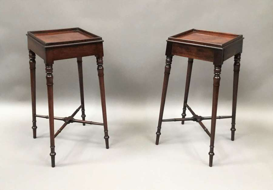 Pair of Regency mahogany occasional tables / urn stands