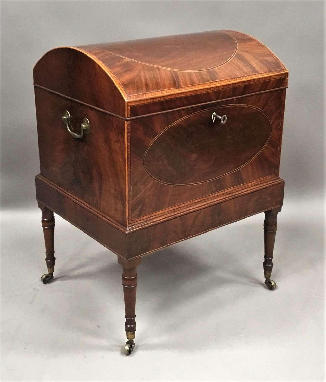 A fine George III Sheraton mahogany cellarette